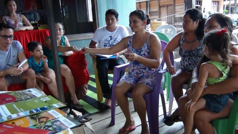 Reunião preparatória para a oficina de mapeamento social. Foto: Lorena Ribeiro