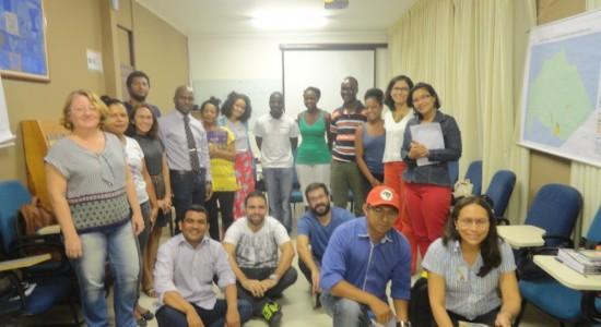Quenianos em Belém:  reunião  com pesquisadores  no  mini-auditório do NAEA/UFPA